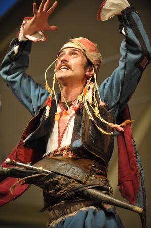 W tym roku ponownie wystąpi turecki zespół Kocaeli Armelit z Izmitu. Foto: Waldemar Kompała/kocurzonka.pl, 50. TKB (2013). (Plik .JPG)