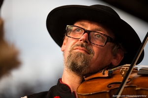 Marcin Biegun z Żabnicy - laureat II miejsca w kategorii: MISTRZ I UCZEŃ - instrumentalista podczas 49.FFGP w Żywcu. Foto: Daniel Franek/Okiem Fotoreportera (Plik .JPG)
